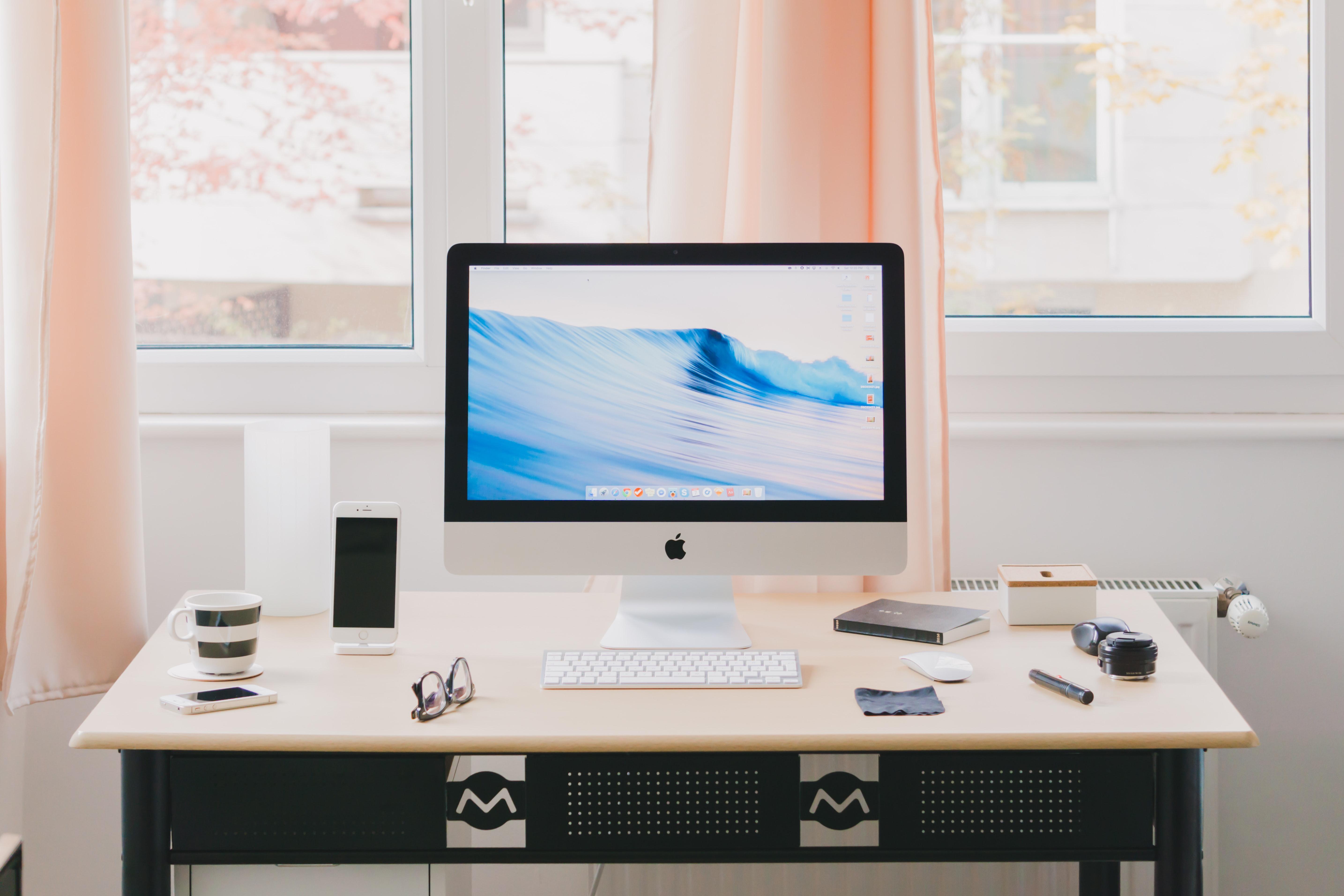 Como conciliar a vida pessoal e o trabalho em casa?