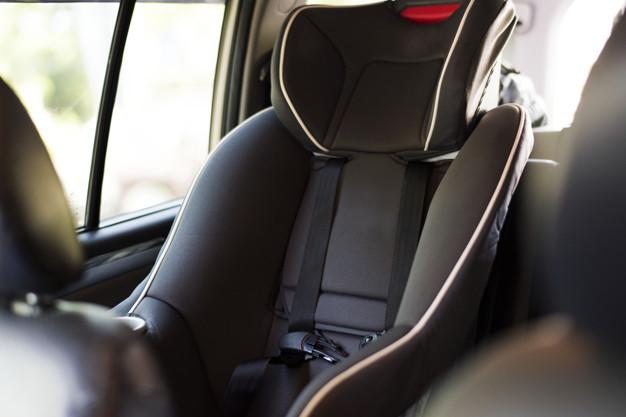 Cadeiras Auto: mantém as crianças seguras e felizes sobre rodas