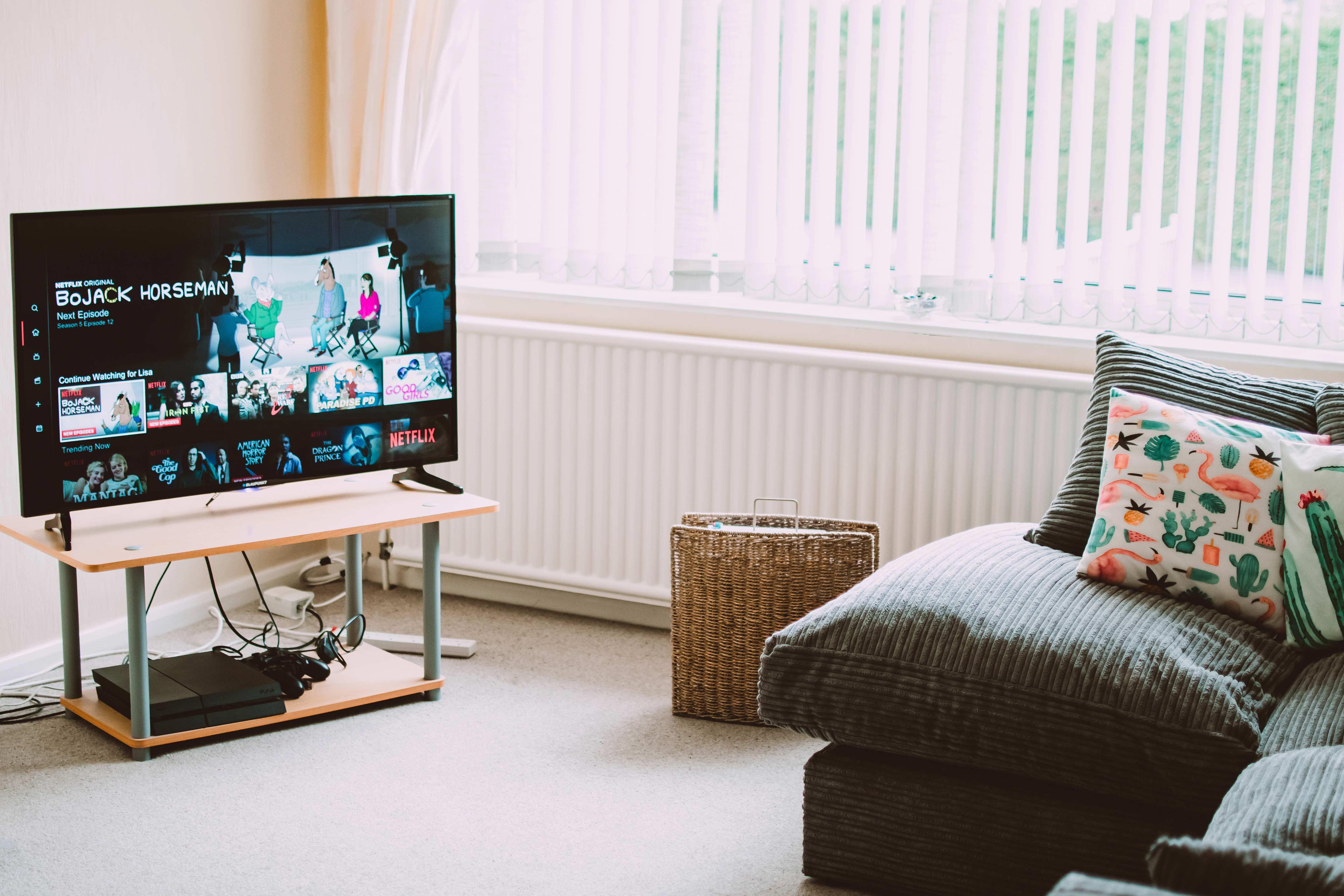 Transforma a tua televisão numa Smart TV em 5 passos