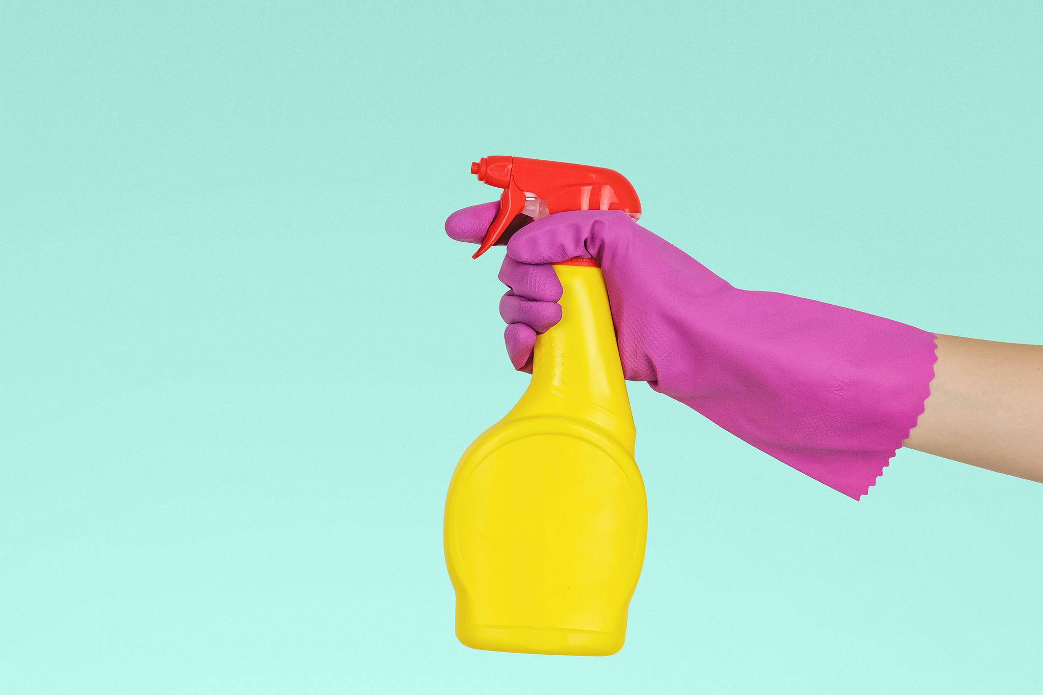 Keep calm and… contrata uma empresa de limpeza