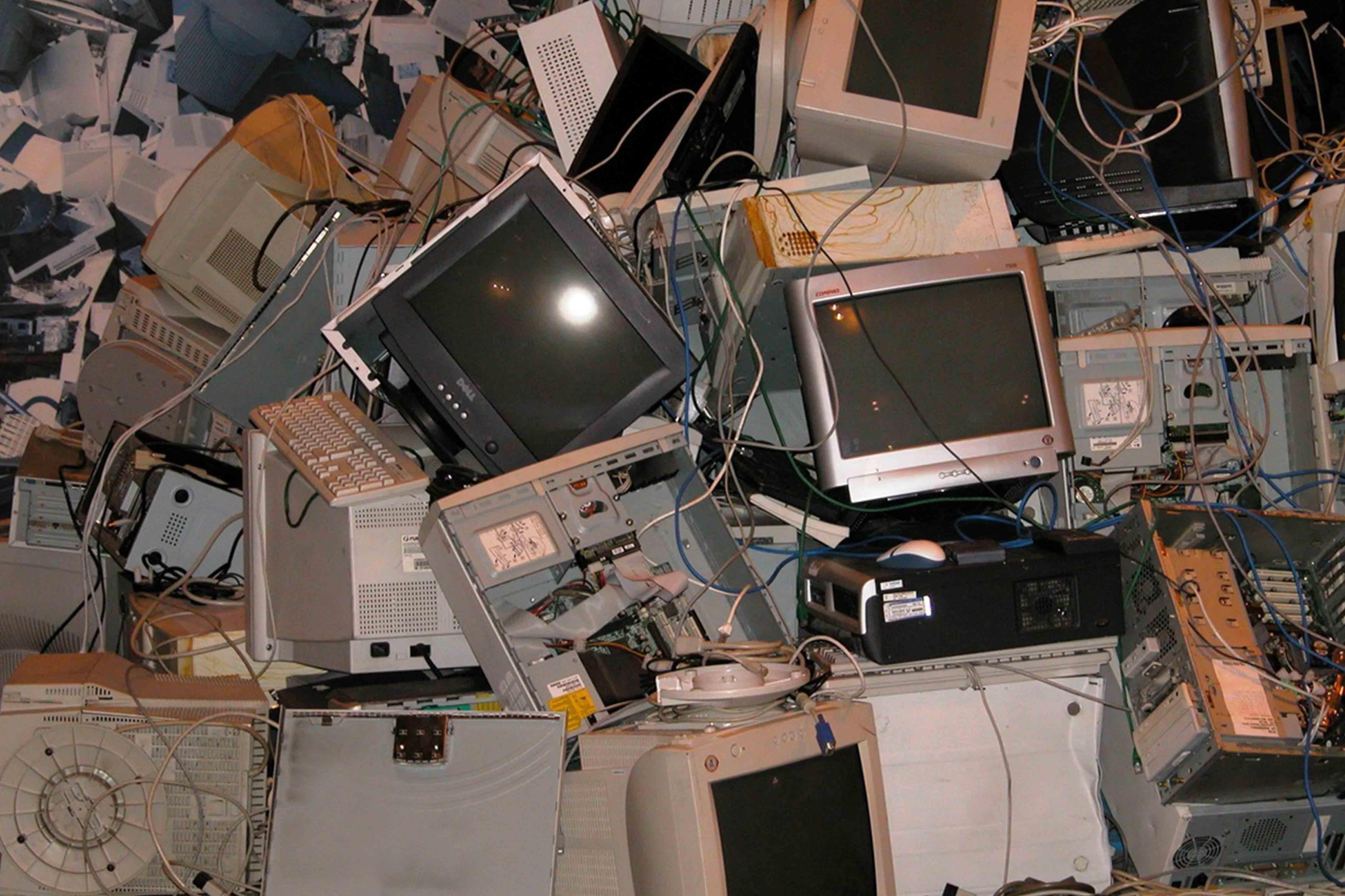 Lixo eletrónico: um problema ambiental do século XXI