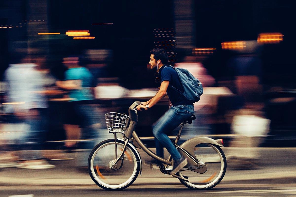 Bicicletas elétricas: a alternativa saudável e económica