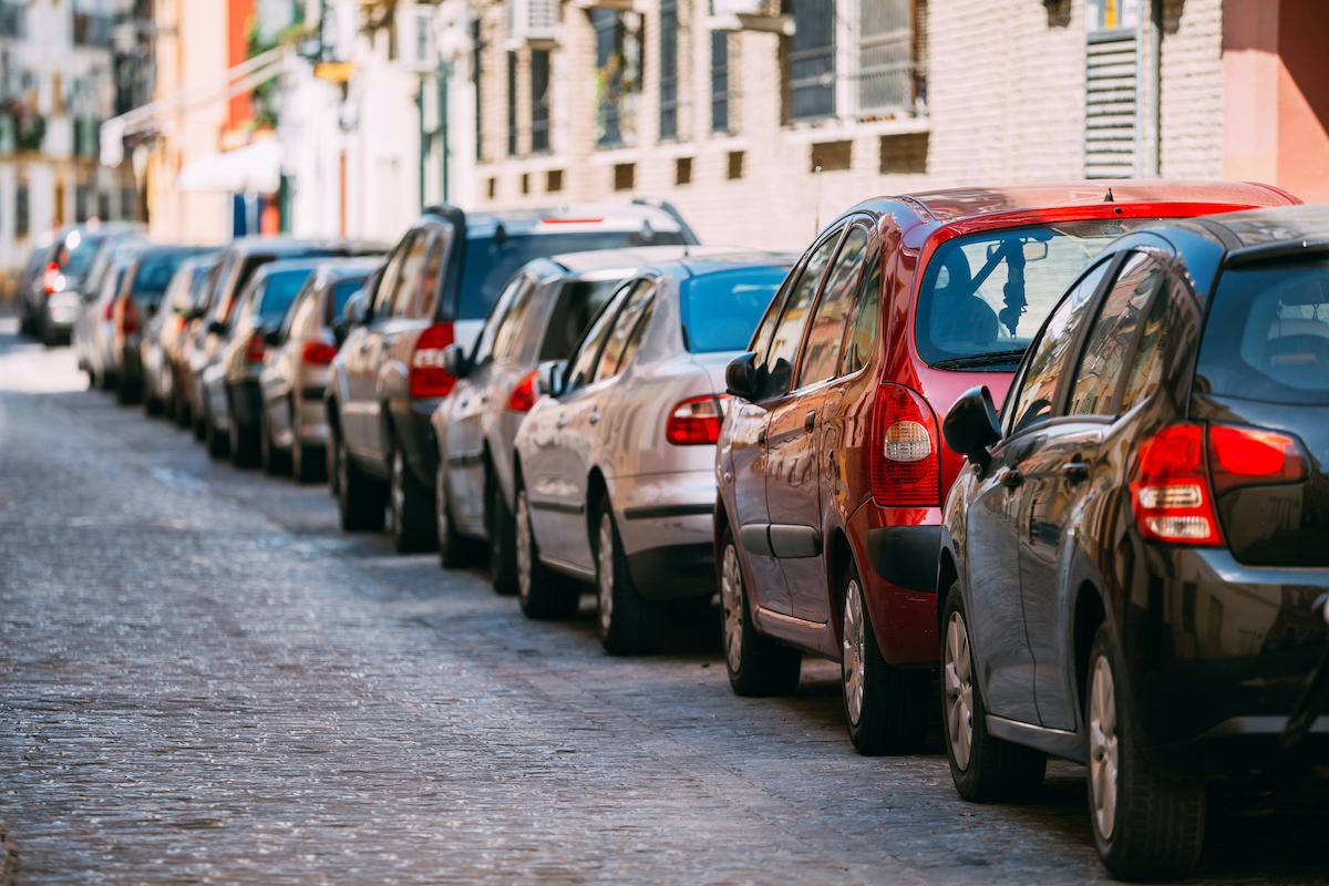 5 citadinos usados à venda no OLX por menos de 10.000€