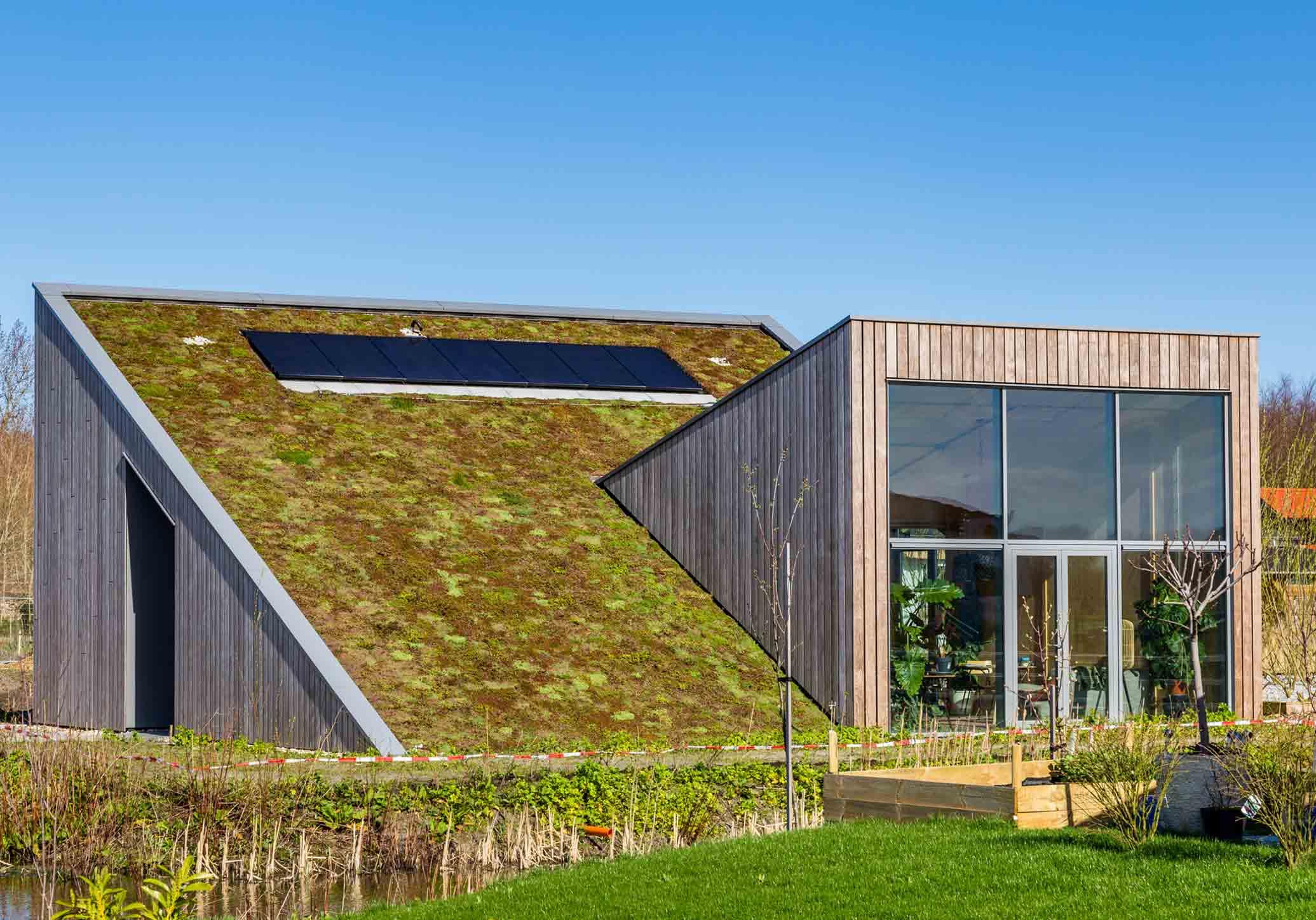 Casas auto sustentáveis: o que são e como funcionam?