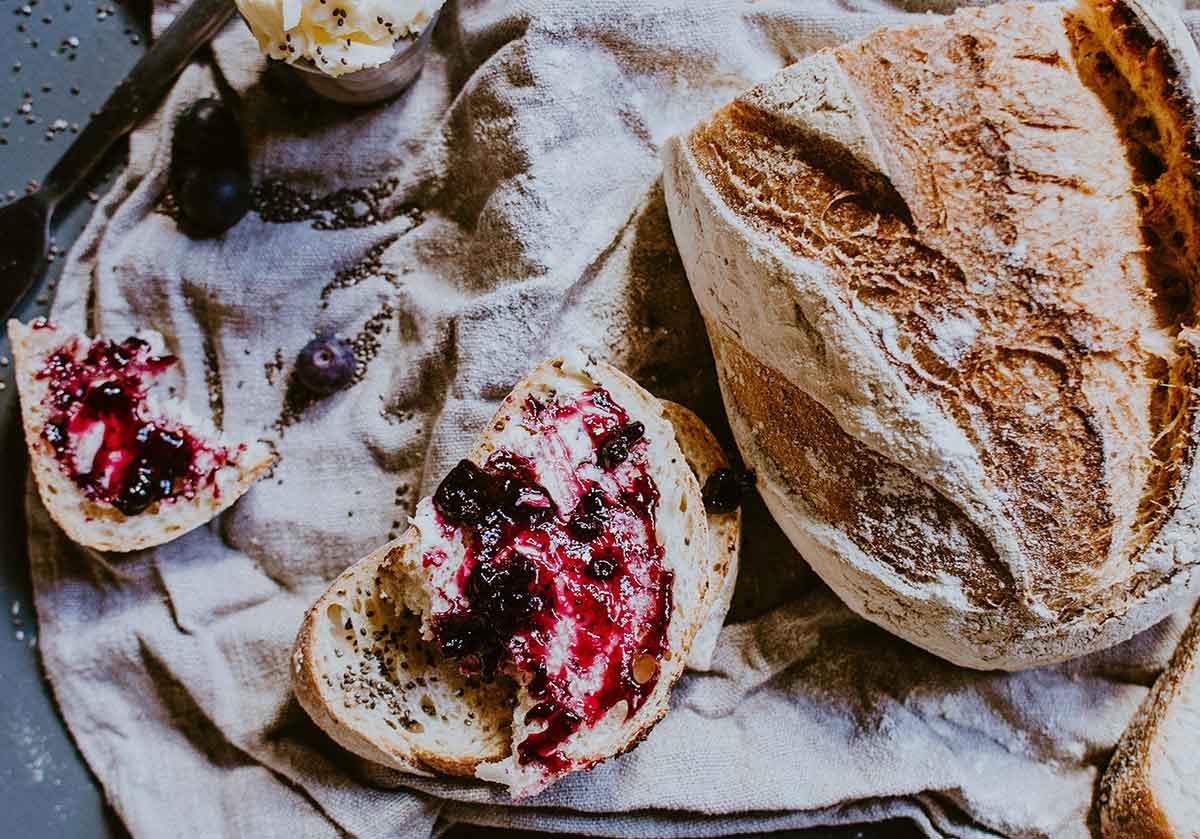 5 receitas de pão fáceis para fazer em casa