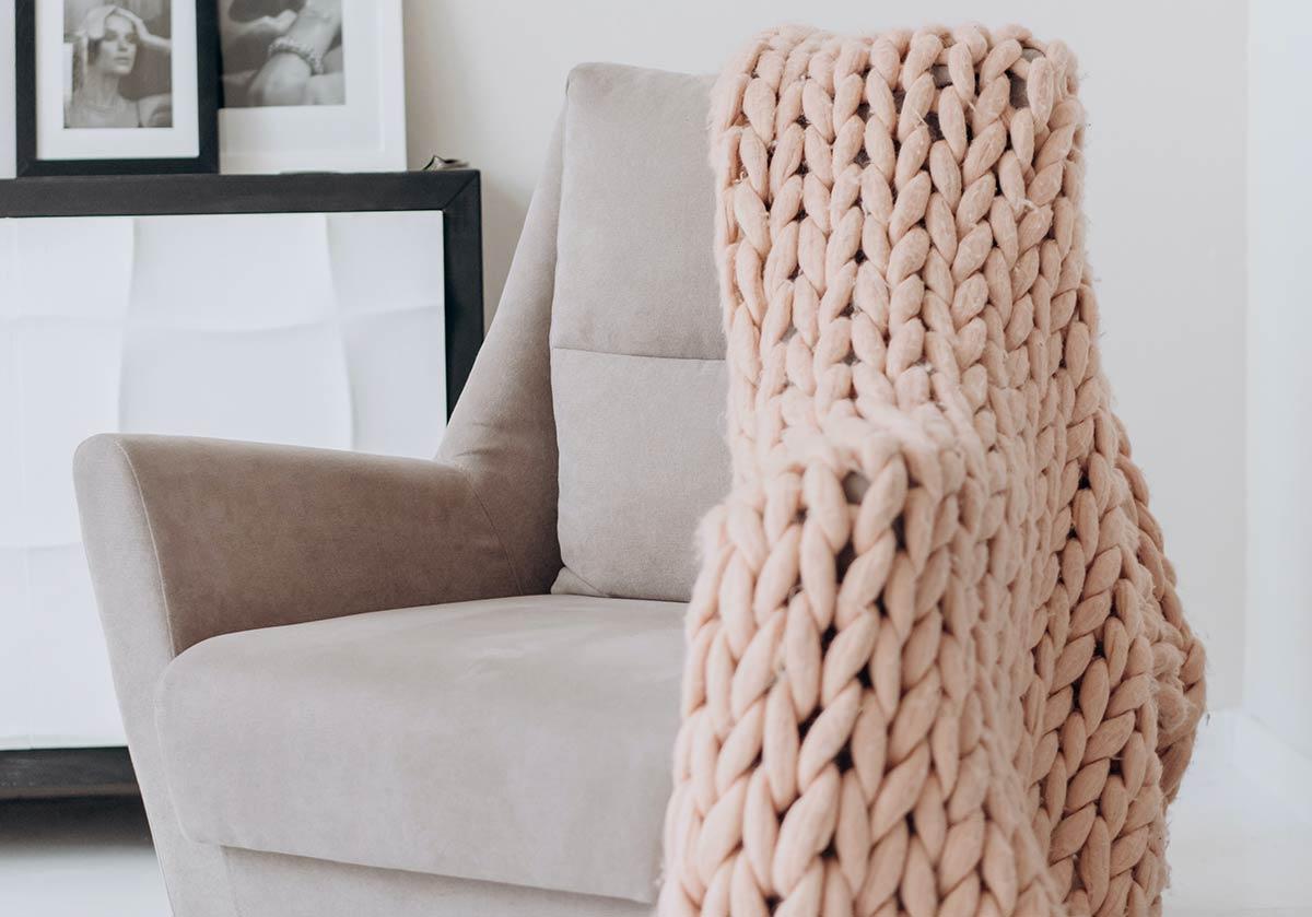 Dá um toque elegante à tua casa com estas poltronas para todos os estilos e orçamentos