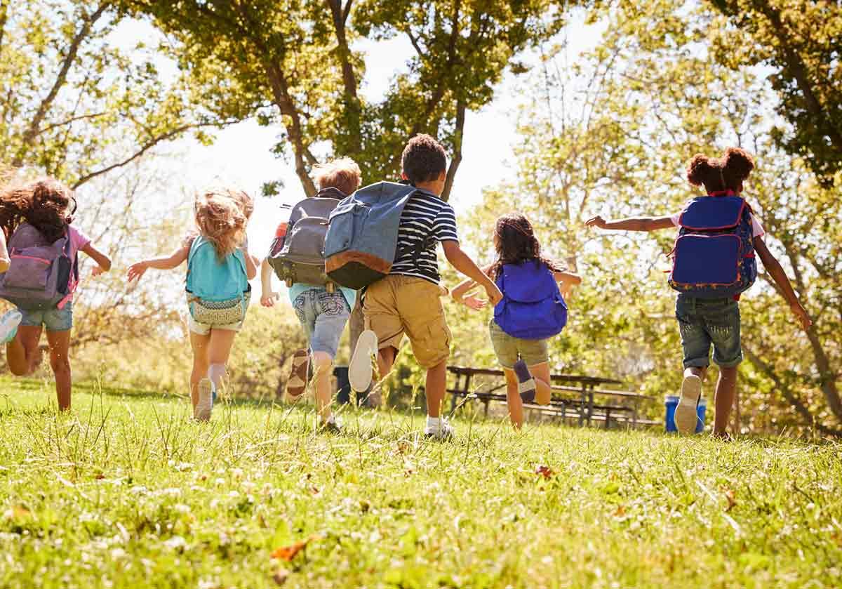 Como poupar no regresso à escola: 10 dicas para todas as famílias